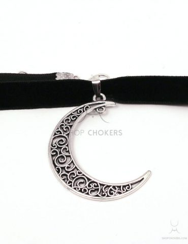 relief-moon relief moon choker Relief moon choker relief moon 1 370x480