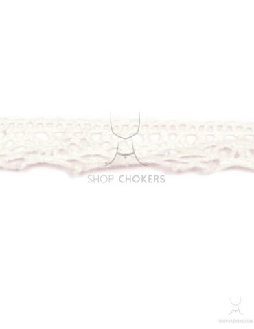 small-white-lace small white lace choker Small white lace choker small white lace 1 370x480