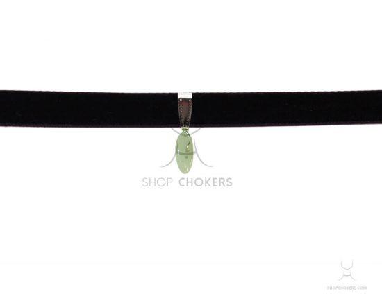 Small green adventurine stone thick choker greenadventurine1 1 550x440