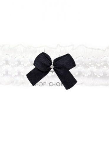 whitefrillyblack White frilly bow choker whitefrillyblack 1 370x480