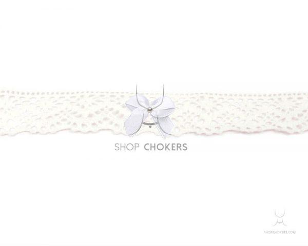 whitelacebowchokerwhite